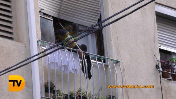 rescate-bomberos-mujer-cocina-denia-5