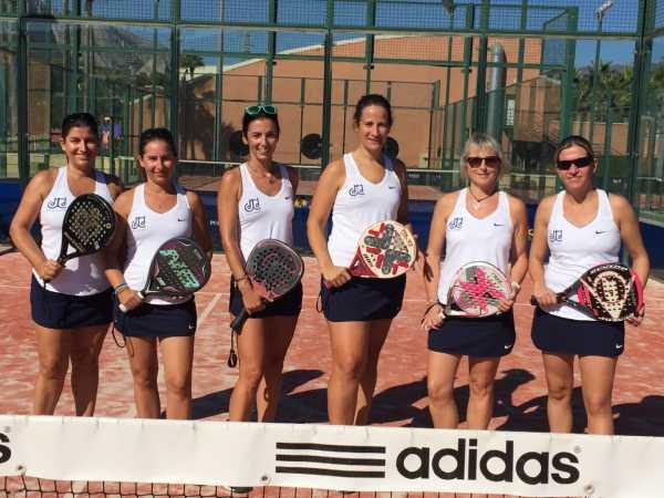 padel club de tenis femeni