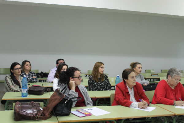 UNED MUJER3