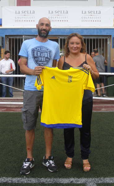 fichajes cd denia (1)