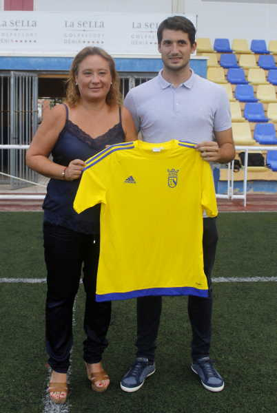 fichajes cd denia (2)