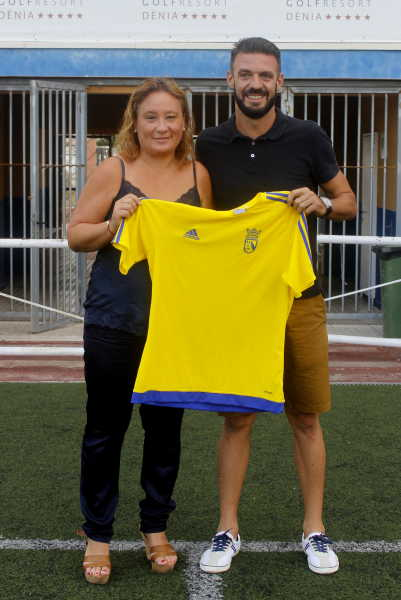 fichajes cd denia (3)