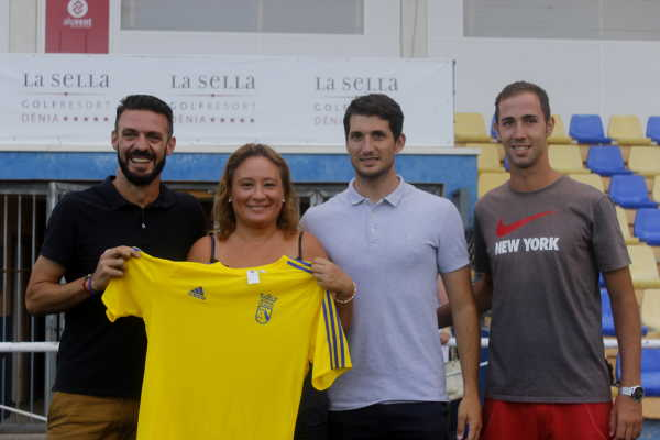fichajes cd denia (4)