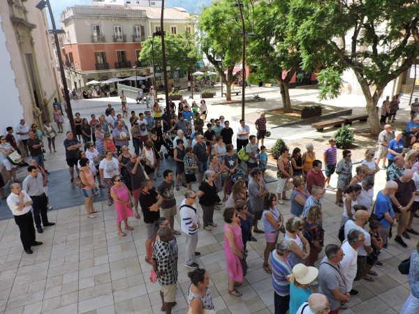 Ayuntamiento 3 minuto silencio denia (4)