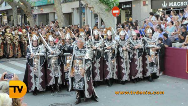 Desfile de gala Dénia 2017 cristiano 36
