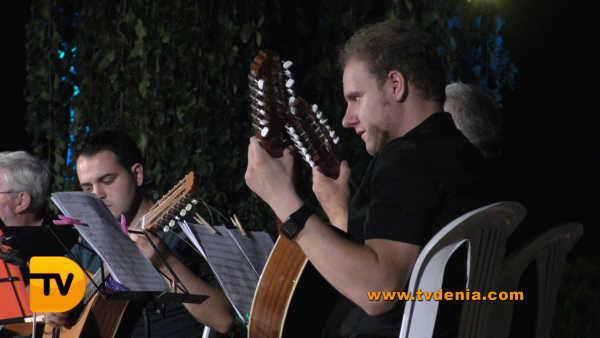 Rondalles Musica a les bassetes 19