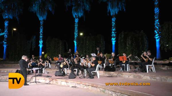Rondalles Musica a les bassetes 29