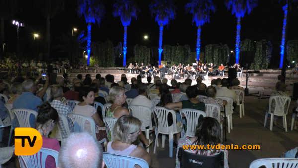 Rondalles Musica a les bassetes 41