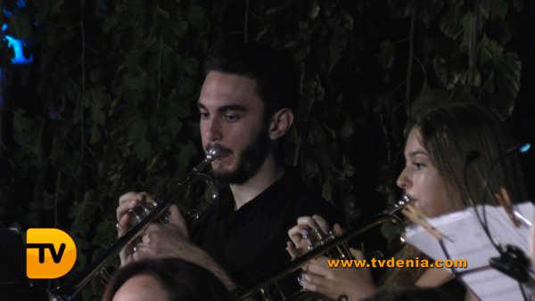 Rondalles Musica a les bassetes 42
