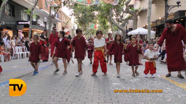 desfile infantil 30