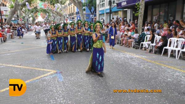 desfile infantil 50