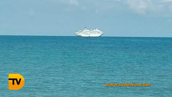 Crucero amadea denia