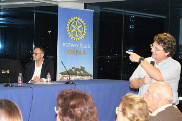 Rotary conferencia Mulet (3)