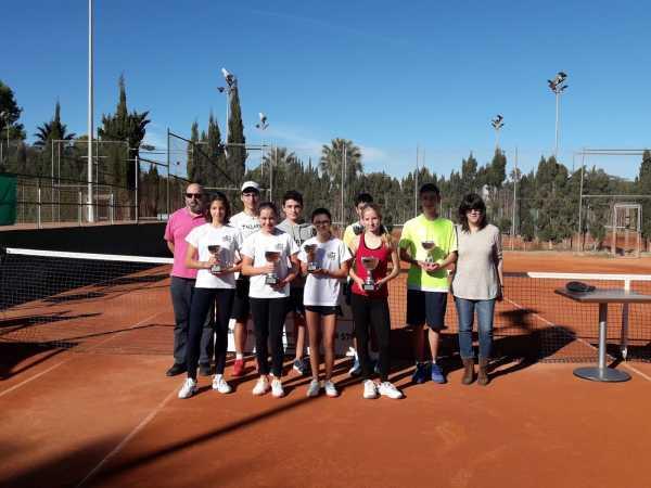 Campeones y finalistas infantil y cadete