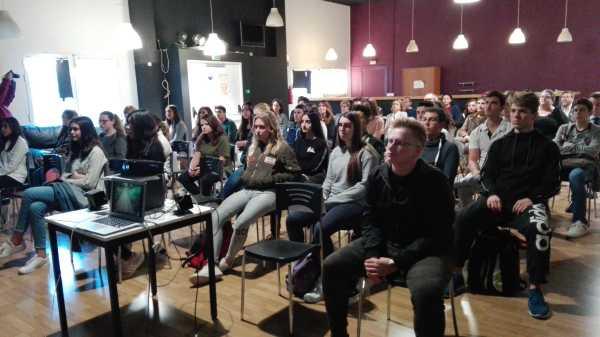 Presentacion jovenes emprendedores denia (3)