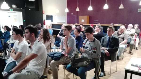 Presentacion jovenes emprendedores denia (6)